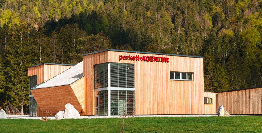 Parkett Ausstellung Tirol